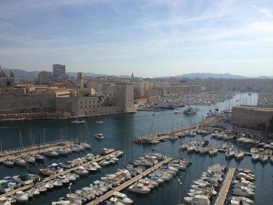 Sofitel Marseille Vieux-Port : Vue du restaurant