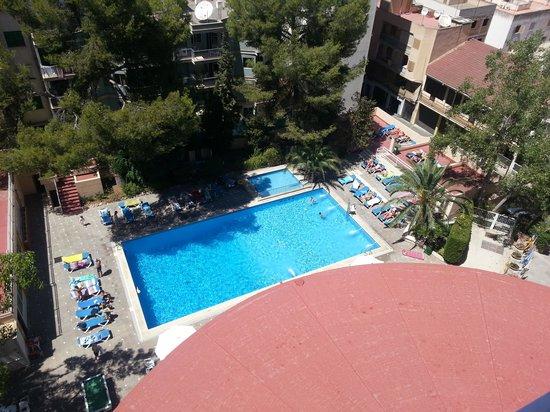 Hotel Pinero Tal: basen z 7 piętra