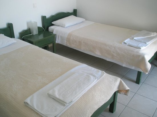 Aiolos Hotel: Beds