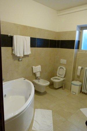 Hotel Fiera Congressi: salle de bains