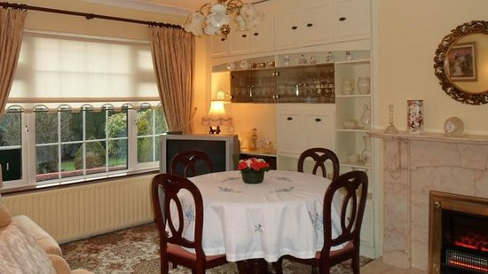 Tullybryan House B&B: Dining Room