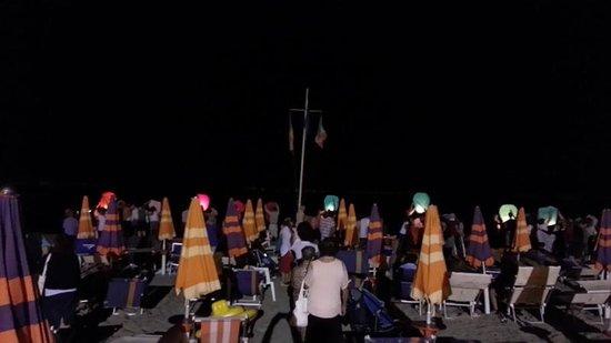 Hotel Relax: Lancio delle lanterne a Ferragosto