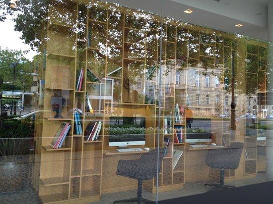 Wyndham Berlin Excelsior: Espace internet