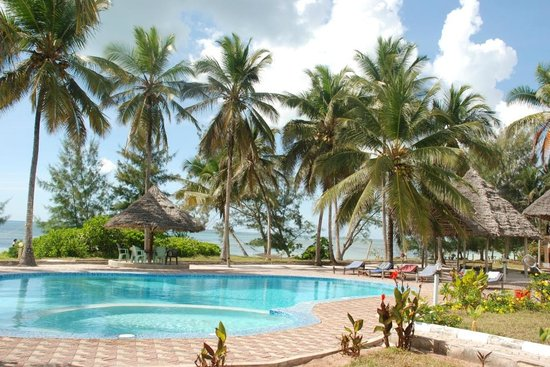 Tamarind Beach Hotel: the pool area