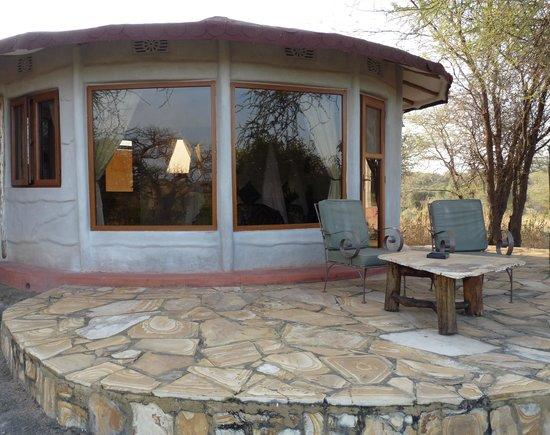 Osupuko Lodge: La vetrata con vista sul Parco