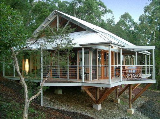 Bombah Point Eco Cottages: Six cottages sleep 4-6 people each
