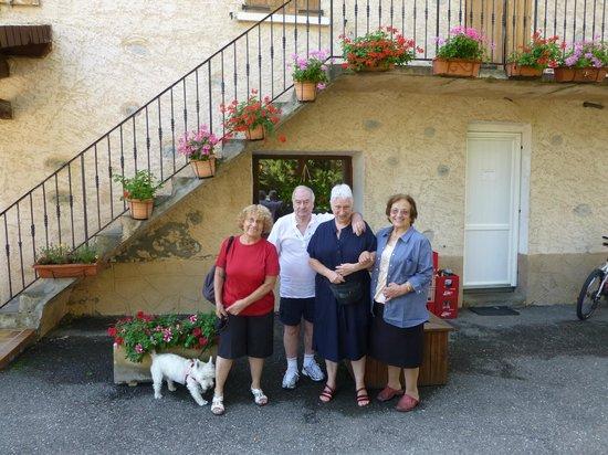 Restaurant Chez Robert et Maguy: Une photo avec Maguy