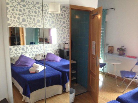 Flat5Madrid: stanza doppia con bagno