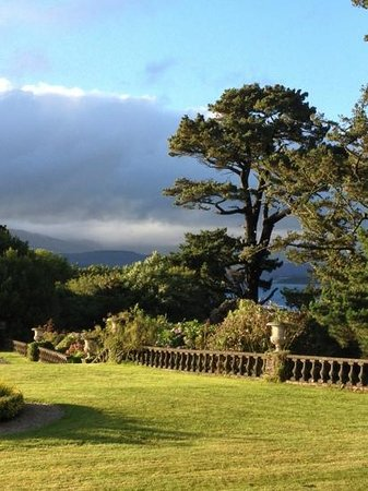 Bantry House B&B: Magical grounds!