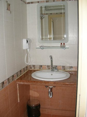 Dafi Hotel : Bathroom