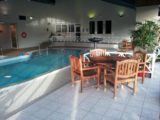 Swimming Pool With Nice Seating Picture Of Peterborough Marriott Hotel Peterborough Tripadvisor