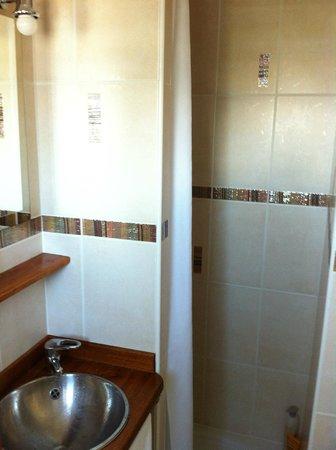 Hotel Les Fresques : salle de bain Hôtel les Fresques
