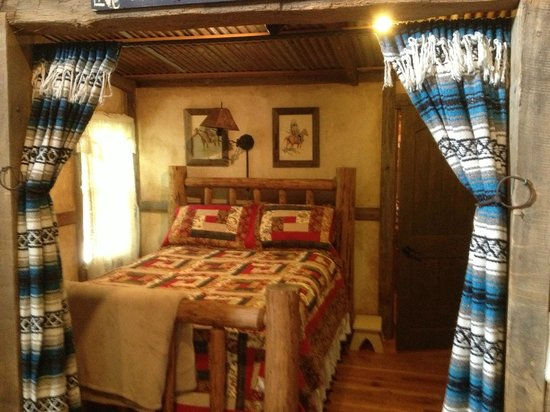 Cotton Gin Village: Bedroom