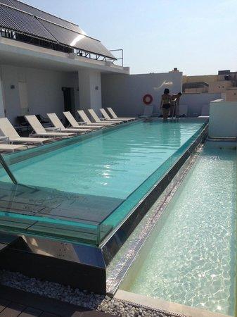 Hotel Valentina: piscina