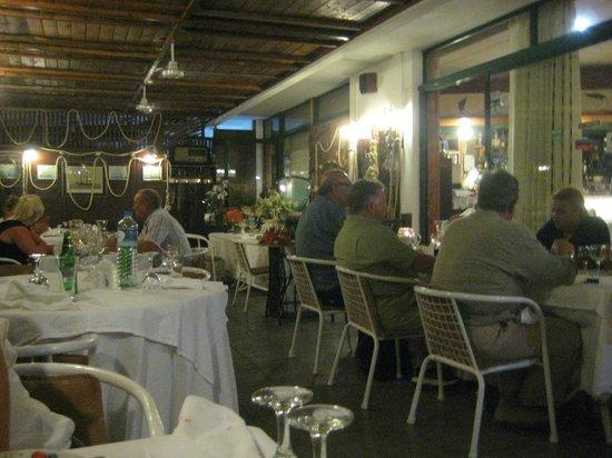 Le Gourmet : terraza