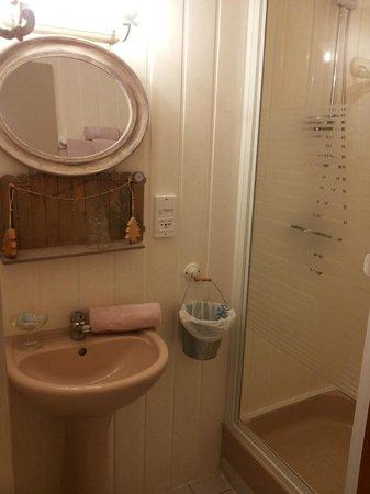 Villa Alienor: dettagli del bagno