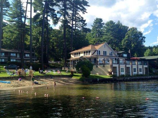Chelka Lodge on Lake George : Chelka Lodge