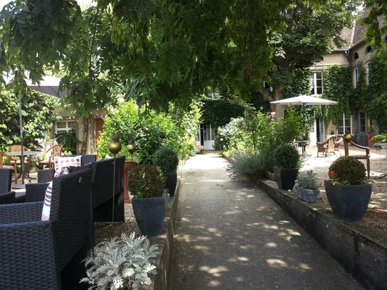 Villa Alienor: il bel giardino
