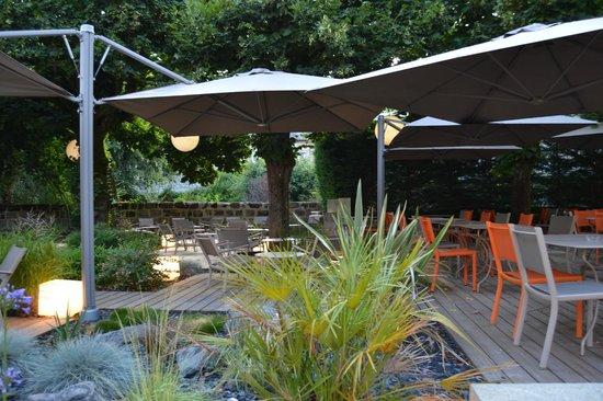 La Taverne du Sommelier: terrasse en façade