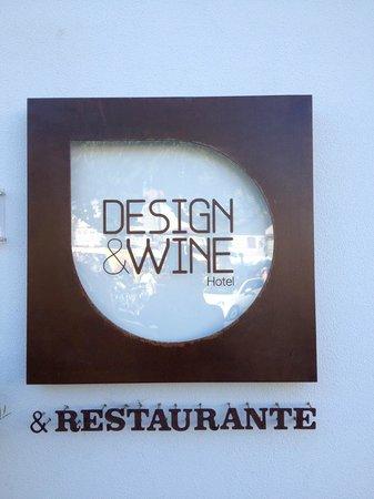 Design & Wine Hotel: Logo
