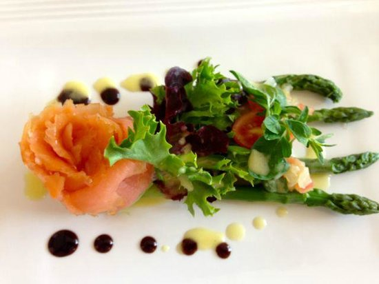 artcafe26: smoked salmon salad