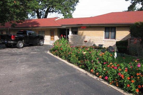 Al & Sally's Motel : nice flowers