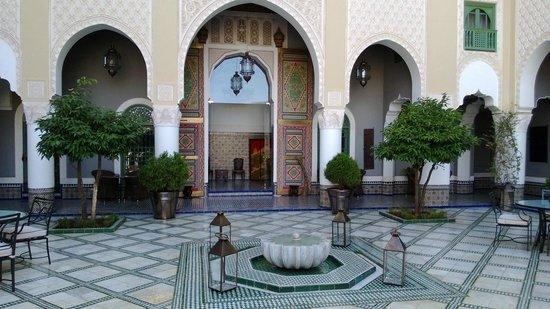 Palais Faraj Suites & Spa: Cour centrale - Partie communes de l'hôtel