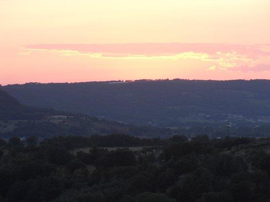 Le Corone: il tramonto sulla valle