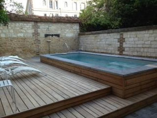 La Maison de Rhodes: Small but nice pool