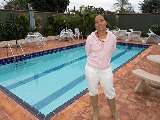 Pousada Evelina: Maravilhosa piscina