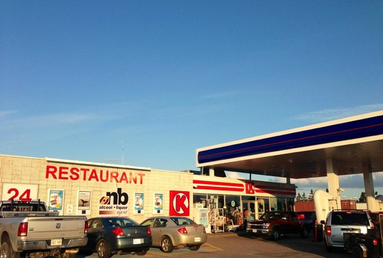 Aulac Big Stop Restaurant: Aulac Irving Big Stop Restaurant and Circle K Convenience Store
