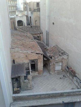 Athens Cypria Hotel: uitzicht uit onze balkon