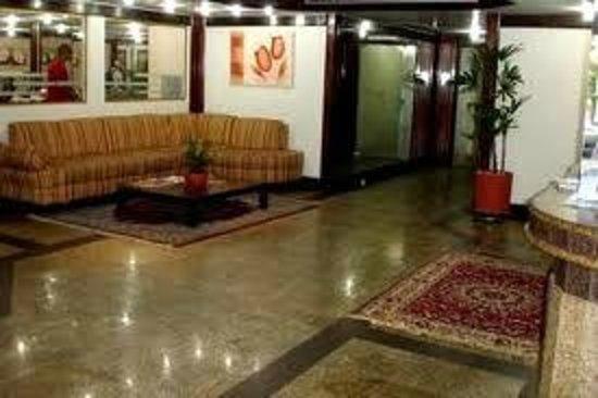 Golden Park Hotel: SAGUÃO 2