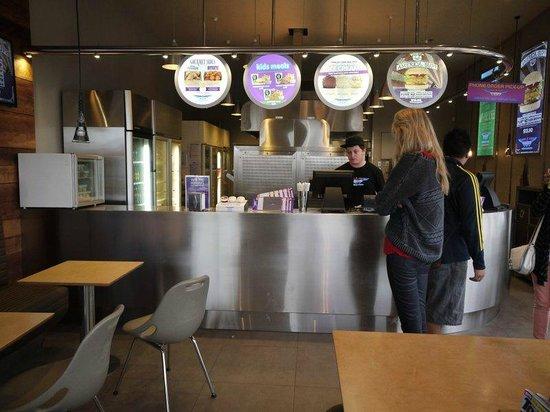 BurgerFuel Customs Street: Burger Fuel