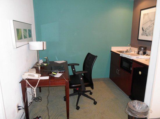 SpringHill Suites Charlotte University Research Park : In room office, fridge and microwave are available.