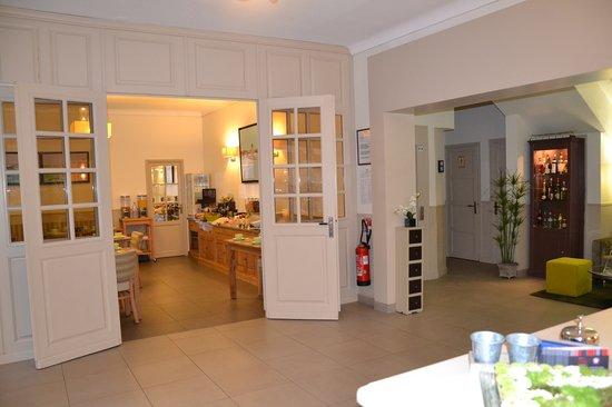 Hotel Les Ajoncs d'Or : Réception