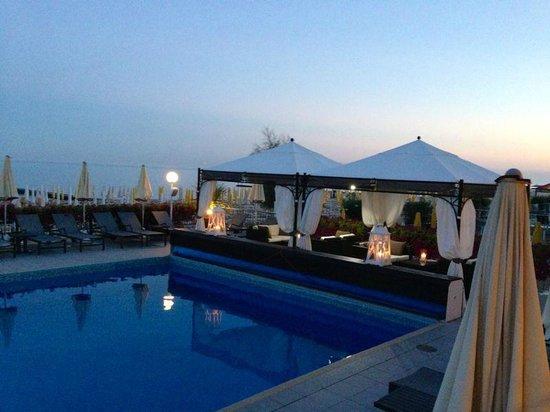 Hotel Victoria Frontemre: cena in Veranda