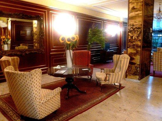 Hotel Prinz Eugen : Hall