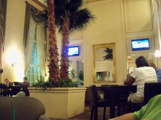 Hyatt Regency Coral Gables: restaurant/bar