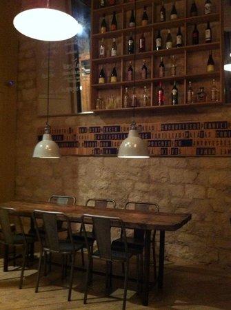 Mercer Hotel Barcelona: The hotel's artistic bar