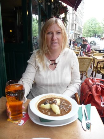O'Reilly's Irish Pub: Beef and Guinness Pie