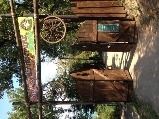 Campeggio Villaggio Weekend : Parco avventura