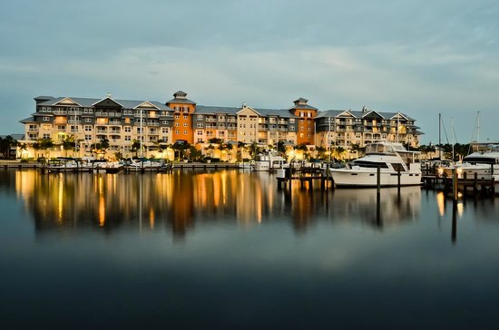 Ruskin, Floryda: Harborside Suites From The Water