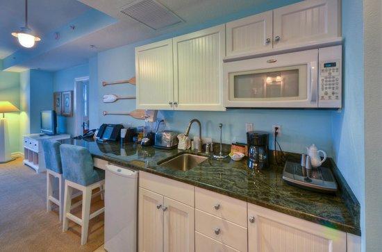 Harborside Suites at Little Harbor: Studio Kitchenette