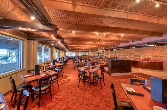 Harborside Suites at Little Harbor: Sunset Grill Restaurant