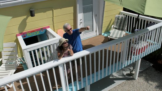 Hideaway Sandy Beach Motel : Hideaway Sandy Beach