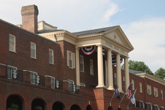 Natural Bridge Historic Hotel & Conference Center: Hotel