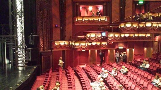 Queens Theatre London Seating Review Queen Elizabeth