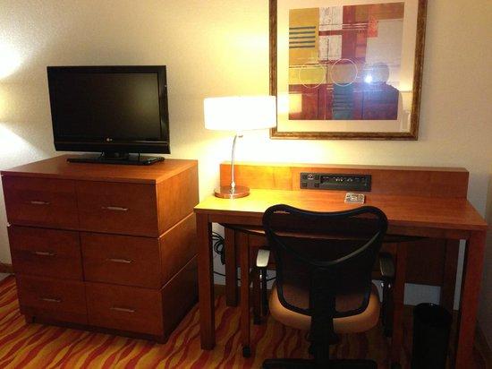 Renaissance Phoenix Glendale Hotel & Spa : Living Room
