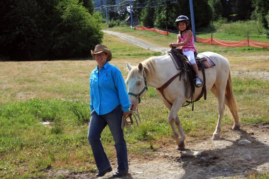 Copper Cayuse Outfitters: Blackcomb Trail Rides